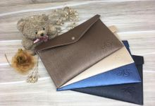 Leather & Synthetic  Pouch by Veddira Souvenir