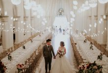 Amazing and beautiful wedding at CHIJMES by Pixioo Photography