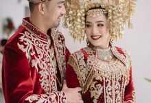 MINANG WEDDING OF CACA & IQBAL by  Menara Mandiri by IKK Wedding (ex. Plaza Bapindo)