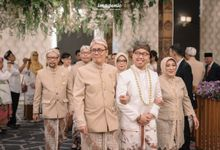 National Akad of Cinintya & Emir by  Menara Mandiri by IKK Wedding (ex. Plaza Bapindo)