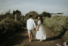 Nari & Wis Couple Session - Bali by Annora Pics