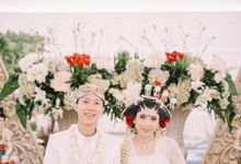 Javanese Akad of Dio & Aninda by  Menara Mandiri by IKK Wedding (ex. Plaza Bapindo)