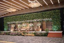 SUNDANESE AKAD OF BESTY & RANDY by  Menara Mandiri by IKK Wedding (ex. Plaza Bapindo)