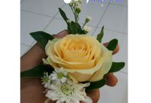 Beauty Corsage and Hand Bouqette by WinLove Florist