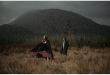 Prewedding Indoor + Outdoor by Tsuroiyaphoto