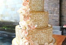 Gold Lace Wedding Cake by Scarlet Pastry and Cake Couture