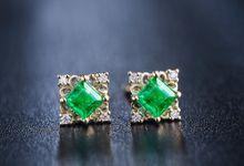 Tiaria Emerald ED022 Earrings Perhiasan Anting Emas dan Batu Zamrud by TIARIA