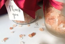 Bathsalt In Jar by Disouv Souvenir