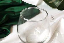 Clear Glass by Disouv Souvenir