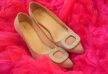 Lady Glance - Gold by Pink Locomote