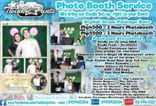 Stylish Grass Photobooth by Twinkle Prints