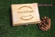 Thelovebox 9x9x9cm of Ms.Reni &12x9x6cm of Ms.Anis by The Love Box