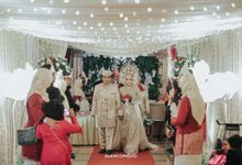 THE WEDDING OF TIA & DHIO by alienco photography