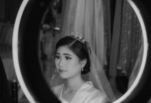 Beauty Shot Bride 2 by Mikumo Photography