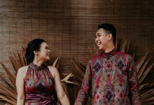 Arianti & David Engagement by SVARNA by IKAT Indonesia Didiet Maulana