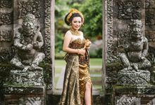 Balinese Prewedding of Permana & Suryani by Alomora