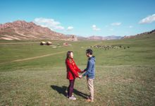 Mongolia Prewedding by Darren and Jade Photography