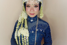 Siger Sunda Berhijab by iir bahari professional makeup and wedding