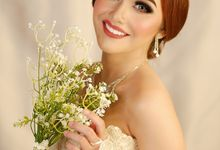 Wedding GOWN & MAKE-UP by BLOOMING STAR WEDDING