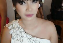 Bridesmaids makeup by Purpleblend Makeup