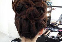 TEST WEDDING HAIR by Nizia MakeUp Artist