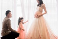 Pregnancy and Family Portraits by H Gallery