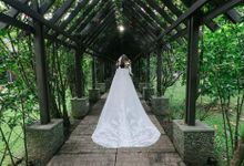 Bride Triccie by Bernard Escalona Design