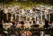White & Green  Romantic Dinner Decoration by Bali Izatta Wedding Planner & Wedding Florist Decorator