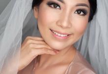 Wedding makeup for Mrs. Marisa by Rachel Make Up