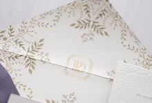 DAZZLING VIOLET by BloomingDays Invitation Studio
