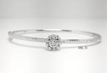 Gelang or Bangles & Bracelets by Reino Jewellery