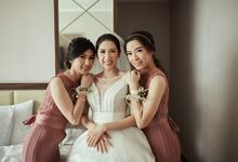 Nia With The Bridesmaids by Phantasia Organizer