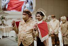 Renata & Reza Wedding at Intercontinental Jakarta by AKSA Creative