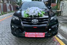 Sewa Mobil Pengantin Surabaya New Fortuner VRZ TRD by Rentalmobilpengantin.com