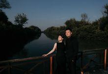 Kelvianto & Juli  - Couple Session by Voyage Production