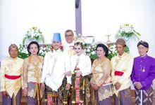 Paes Tradisional - Pengantin Hijab & Bridal by Rumah Rias Itut Bambang