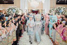 Pernikahan Adat Aceh yang penuh dengan glamor dan sentuhan modern by Medina Catering