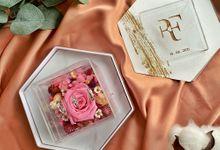RF Triple Acrylic Wedding Ring Box by feliceshop.ts