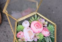 Ringbox by La Bloom Florist