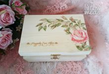 Wedding Ring Flower Box by Fashion Pillow Weds