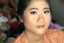 Makeup for balinese ceremony  by riris indah makeup