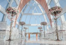 Romantic Whimsical Wedding at Ritz Carlton Bali by Silverdust Decoration