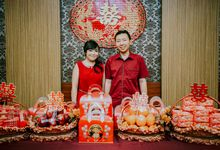The Engagement Of - Yudy & Erlinda by hm photography bali