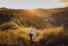 Sunshine on the kintamani above by Maxtu Photography