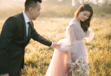 Stephanie and Lungid Prewedding by Roselle Atelier