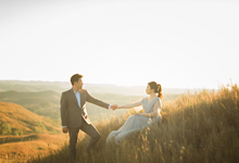 Ellen and Yudhi Prewedding by Roselle Atelier