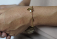 Bridesmaid Bracelet by Rumme