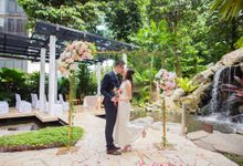 Sheraton Towers Wedding by GrizzyPix Photography