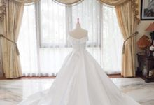 White Royal Ballgown with offshoulder by iLook ( Makeup & Couture )