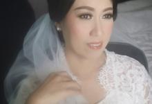 The Wedding of Wiwiek & groom by SARA ROSE Makeup Artist